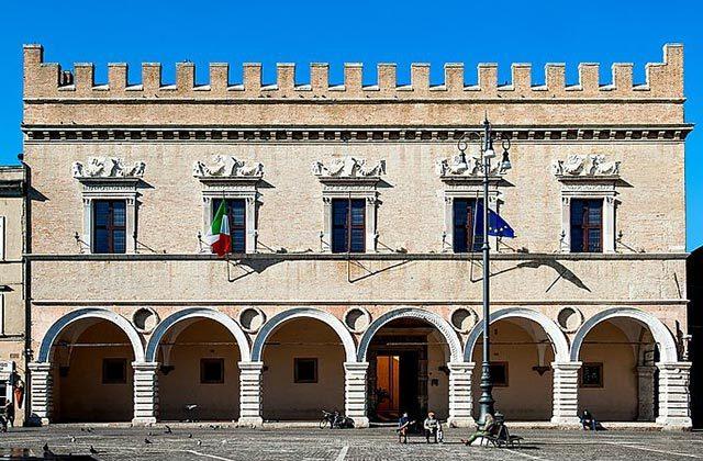 Il Palazzo Ducale di Pesaro. Foto di Luigi Angelucci