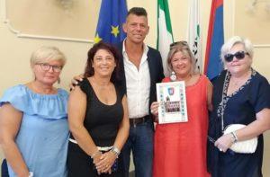 Ricevuta in Comune la signora torinese che da 50 anni viene in vacanza a Senigallia