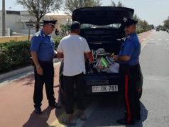 La merce sequestrata dai Carabinieri di Senigallia ai venditori abusivi