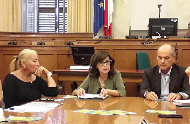 La presentazione dell'iniziativa, da sin: Maria Luisa Quaglieri, Loretta Bravi, Massimo Bacci