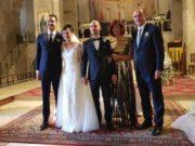 Gli sposi con la famiglia Luna (padre, madre e fratello della sposa)