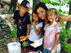 Alice Palazzi protagonista con i figli della pulizia del parco di via Ponchielli