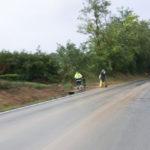 Operai al lavoro per liberare la strada alla Marazzana di Senigallia