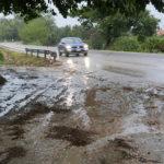 Il fango sulla strada provinciale Corinaldese alla Marazzana di Senigallia