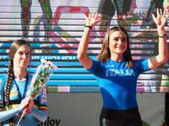 Linda Rossi in cima al podio ai campionati europei di velocità a Pamplona 2019