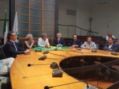 Da sinistra Michele Polenta del direttivo dei Verdi di Ancona, Elena Grandi, Adriano Cardogna, Sandro Bisonni, Gianluca Carrabs e Fracesco Emilio Borrelli