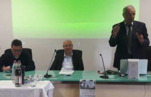Da sinistra: l'assessore al Turismo Paolo Pirchio, il preside Gabriele Torquati e Gianluca Goffi dell'Università di Bolzano