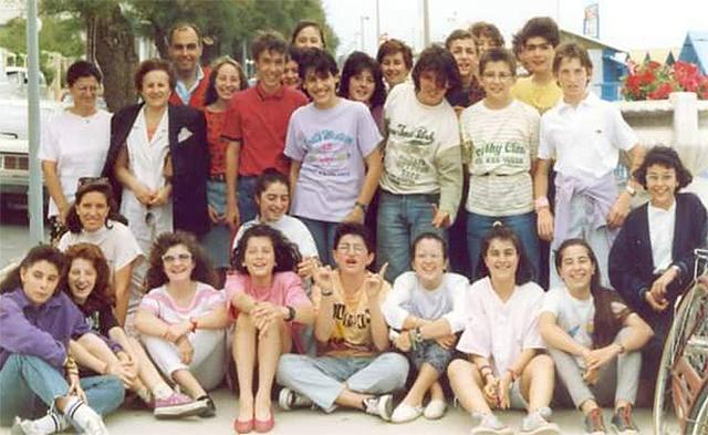 Alunni e professori della IIID Fagnani nel 1989