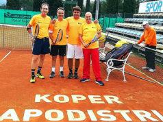 Alcuni tennisti di Senigallia partecipanti alla XXIV Fun Cup di tennis in Slovenia