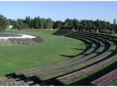 L'area del teatro al parco Miralfiore