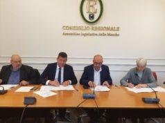 La firma del protocollo: da sinistra Massetti, Mangialardi, Mastrovincenzo e Nobili