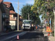 Lavori di asfaltatura in via Fiumesino, a Falconara