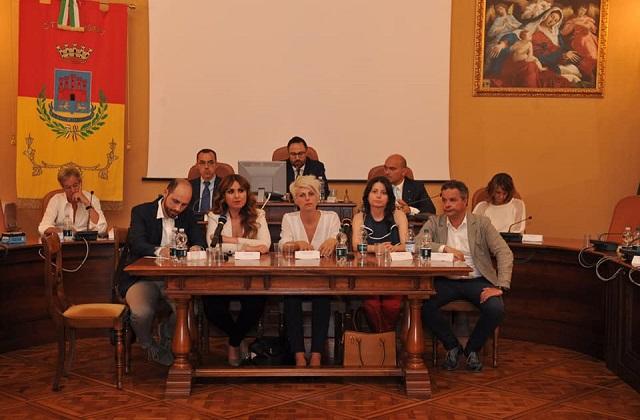 Osimo, terzo Consiglio del nuovo mandato Pugnaloni tra surroghe e nomine