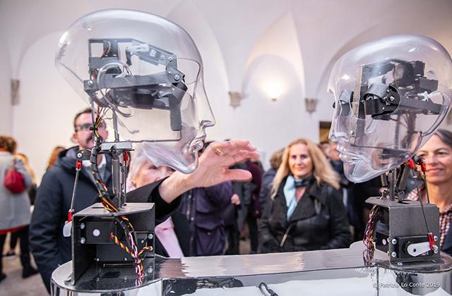 Arte, robotica e interattività: la mostra è servita (alla Rocca di Senigallia) - Centropagina