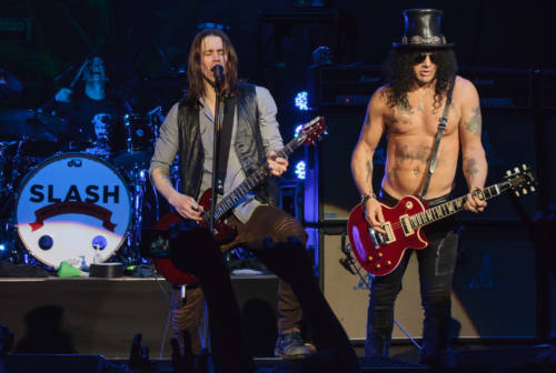 Slash e Myles Kennedy, il grande rock a Servigliano