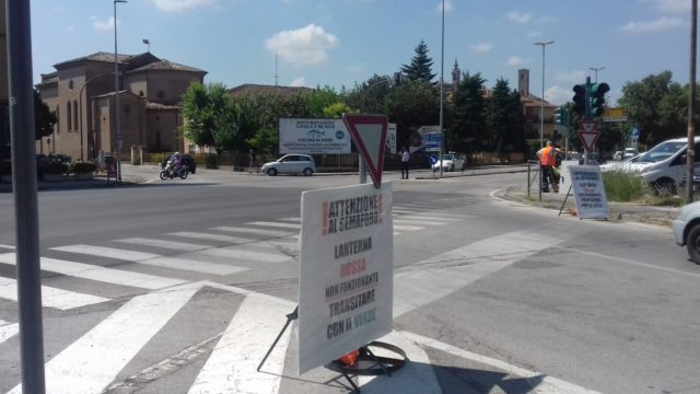 "Semafori a Jesi, a San Giuseppe torna il ""rosso"""
