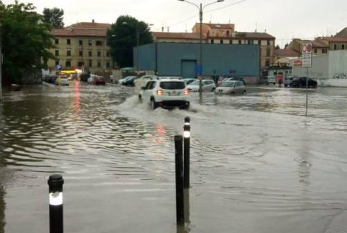 Maltempo, ad Ancona 140 case senza luce. Disagi anche a Falconara