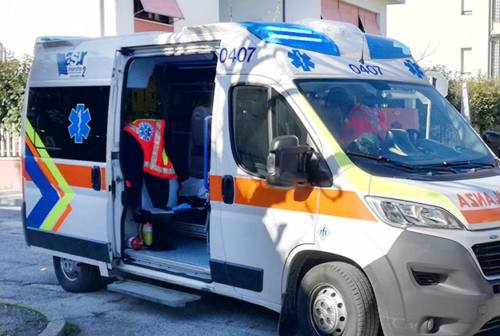 Doppio incidente a Senigallia: scooterista e ciclista finiscono all'ospedale