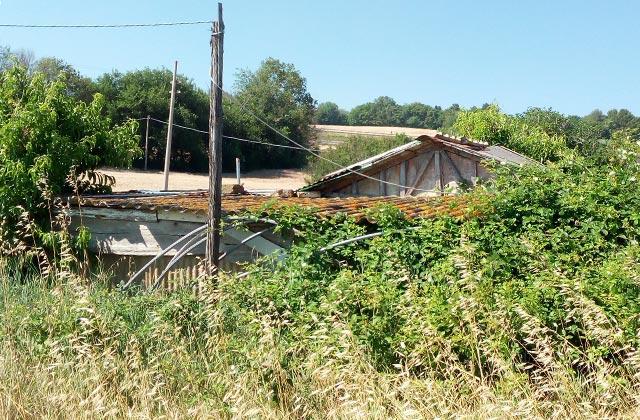 Amianto, rinvenute lastre deteriorate sulla statale a Senigallia