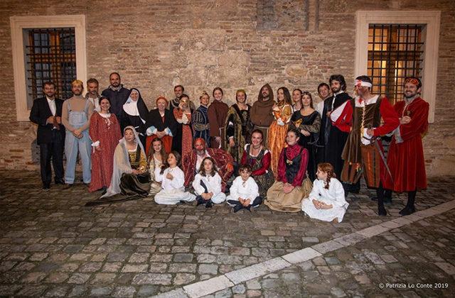 Gli attori della rievocazione storica alla rocca di Senigallia. Foto di Patrizia Lo Conte