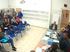 Le sedie vuote nella riunione congiunta di seconda e terza commissione a Senigallia sul tema rifiuti