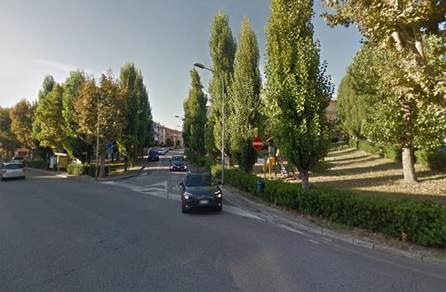 Cori razzisti contro una ragazzina, è polemica a Montemarciano