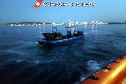 Pesca in zona vietata: comandante multato e cozze rigettate in mare