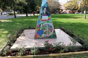 Completati i lavori sull'opera dedicata a John Lennon al parco della Pace di Senigallia