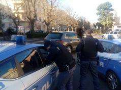 Posto di controllo della Polizia in viale della Vittoria, ad Ancona, dove una persona è stata arrestata