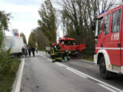 Violento scontro tra due camion a Serra de' Conti