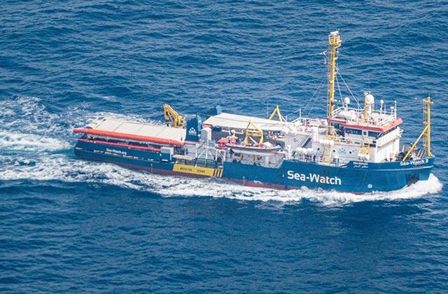 Migranti: dalle Marche il plauso al capitano della nave Sea Watch 3 Carola Rackete