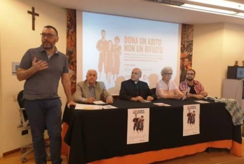 """""""Dona un abito, non un rifiuto"""": la nuova campagna di Vestilbene"""