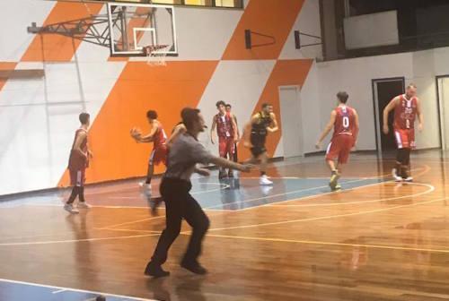 Basket, il derby fabrianese di serie D lo vincono i Brown Sugar sui Bad Boys