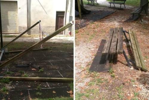 Il degrado dei giardini della Pisana a Fabriano: la denuncia social