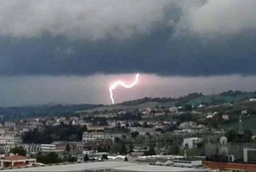 Ancona, perde la targa durante il nubifragio. L'appello: «Aiutatemi a ritrovarla»