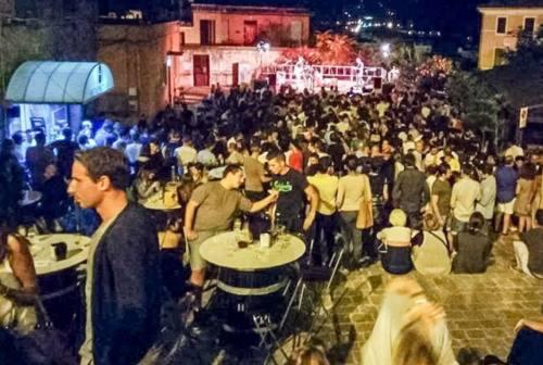 """Jesi città """"aperta"""", il sindaco Bacci non chiude (per ora) le piazze"""