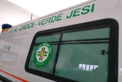 Incidente in via del Setificio a Jesi, ferito passante