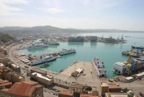 Uscita Nord dal porto di Ancona: scontro tra 5 Stelle – Mancinelli. Coltorti: «Come e soprattutto dove si farà?»