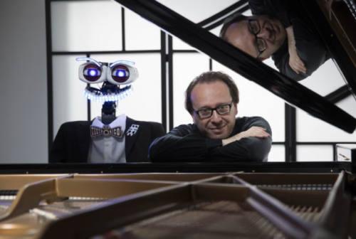 Festival Pergolesi Spontini, sfida alla tastiera: TeoTronico vs Roberto Prosseda