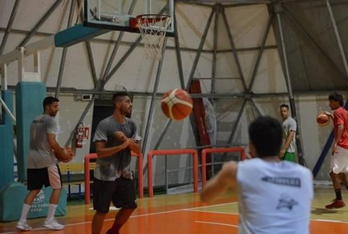 A Osimo sfila tutto il basket cittadino