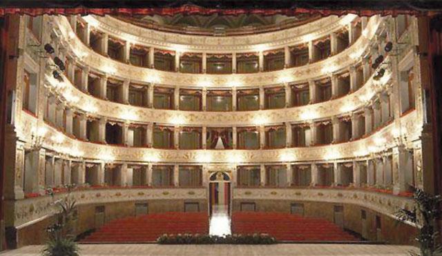 Il teatro Gentile a Fabriano|