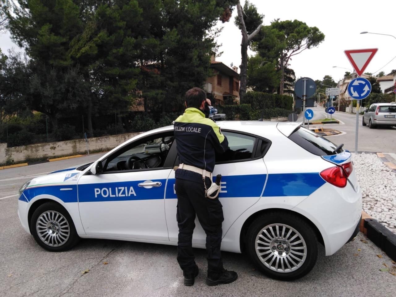 I controlli dei vigili di Osimo