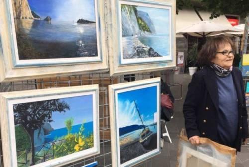 Ancona, i quadri della pittrice Gisa in vendita per beneficenza