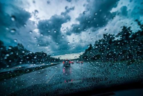 Maltempo, arrivano temporali e calo termico. Addio estate