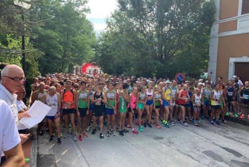 In 500 di corsa al Trofeo Grotte di Frasassi