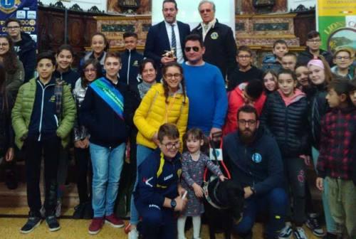 Castelfidardo, il Lions Club regala un cane guida a un non vedente