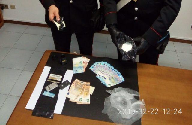 Castellammare - Cocaina e 6720 euro in casa. 63enne arrestato dai Carabinieri