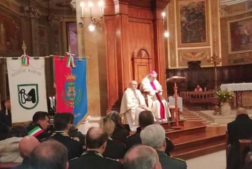 A Senigallia il ricordo delle vittime di Corinaldo: «Non permettiamo al dolore di oscurare i nostri cuori»