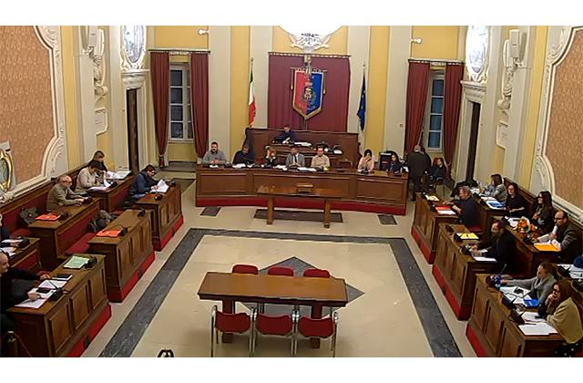 Il consiglio comunale a Senigallia
