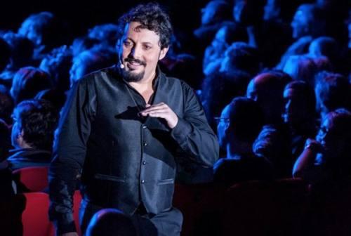 """Enrico Brignano a Pesaro: doppia data per lo spettacolo """"Un'ora sola vi vorrei"""""""